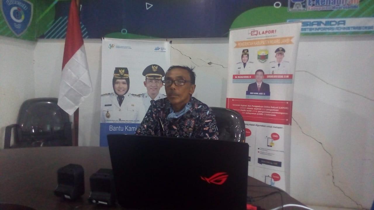 Kepala Dinas Kominfo Mengikuti Webinar Yang diadakan oleh Dirjen Informasi dan Komunikasi Publik